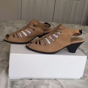 Arche Enexor Caged Sandals. Size 36